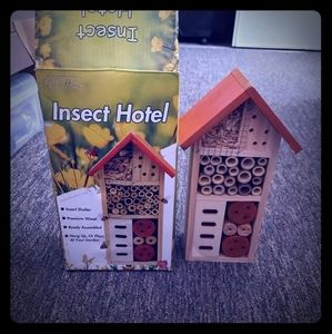 Brand new insect hotel
